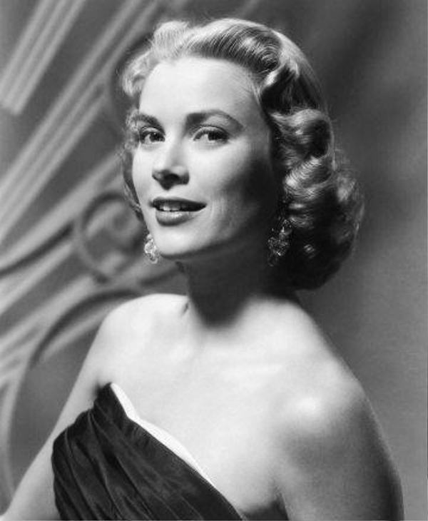 26 Beautiful 1940s Hairstyles Pictures